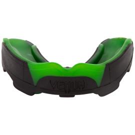 """Chránič zubů VENUM """"PREDATOR"""" - černo/zelený"""